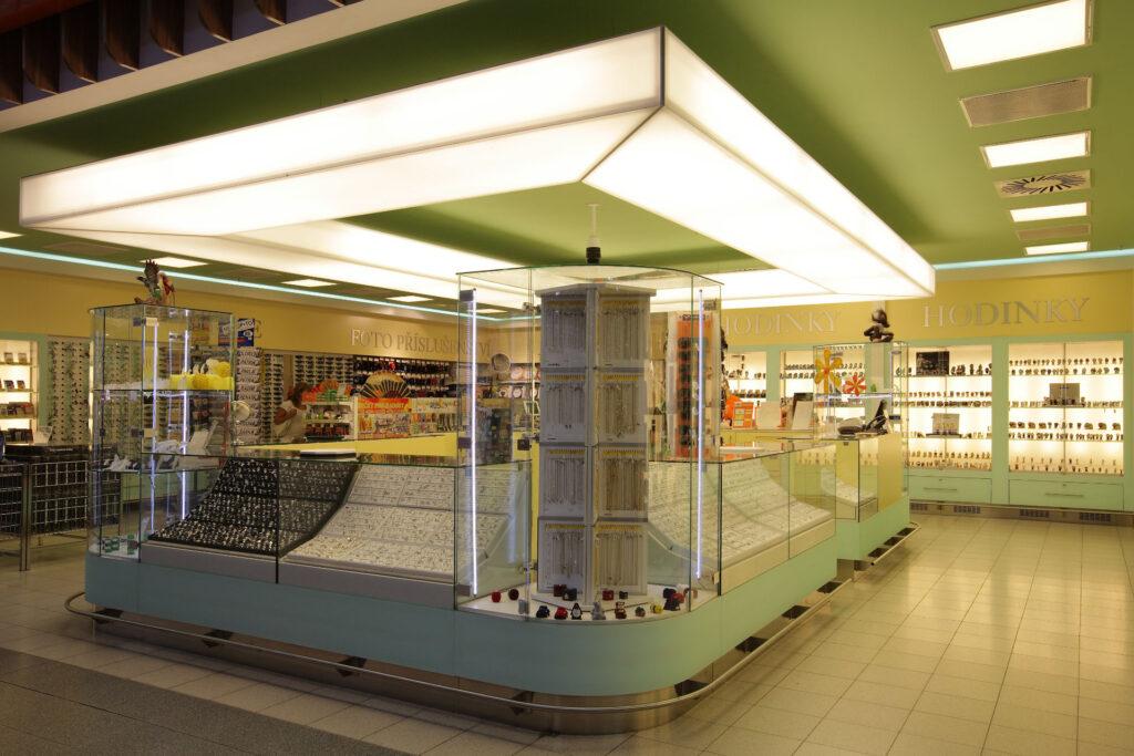 ZLATNICTVÍ GLOBUS – Kompletní dodávka a vybavení prodejen zlatnictví
